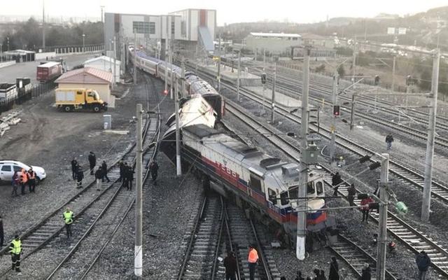 Ankara tren kazası davasında 2 sanığa tahliye!