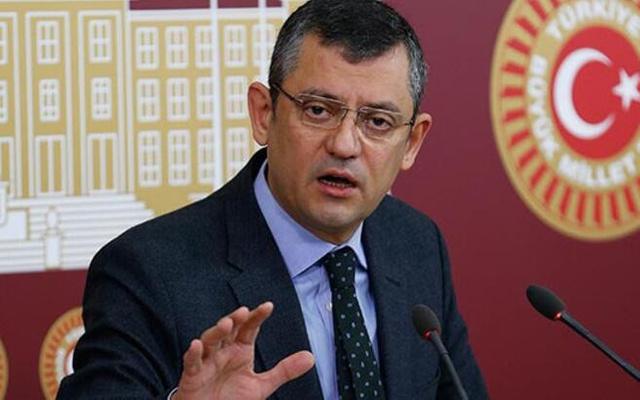 CHP'li Özgür Özel şaibeli sınavları Meclis'e taşıdı: AKP iktidarı hırsızlığa göz yumdu