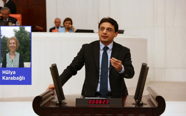 CHP'li Emre: Her üç gençten biri işsiz