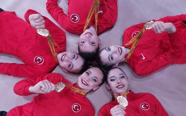 Cimnastikçilerimiz göğsümüzü kabarttı