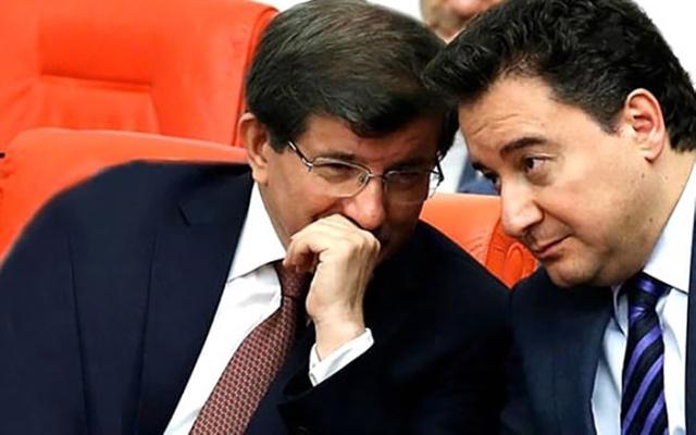 AKP'de Davutoğlu ve Babacan önlemi