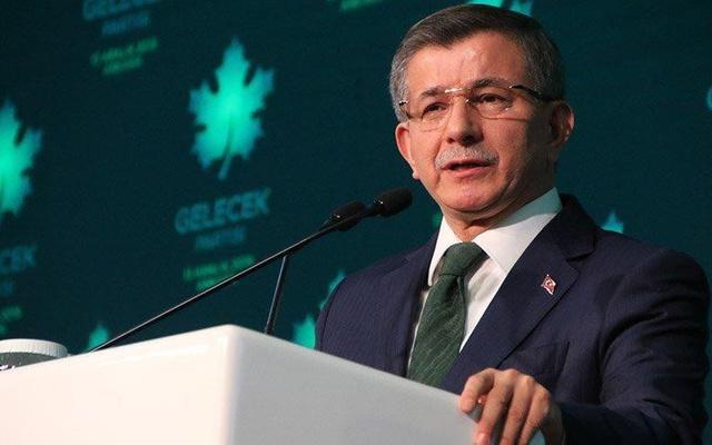 Ahmet Davutoğlu'ndan canlı yayında bomba AKP iddiası!
