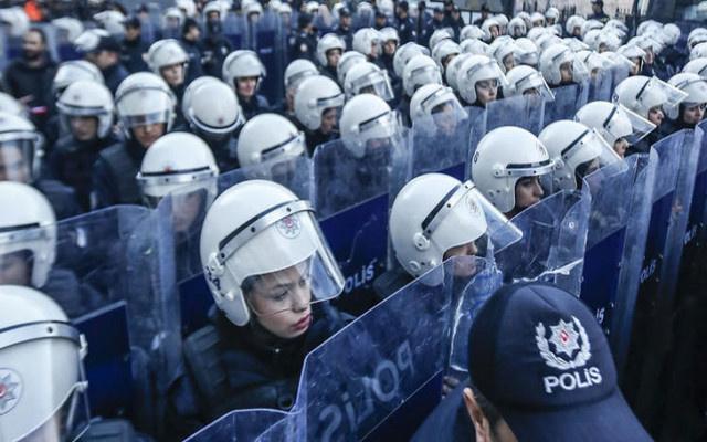 Polislere  elektroşok cihazı kullanma yetkisi