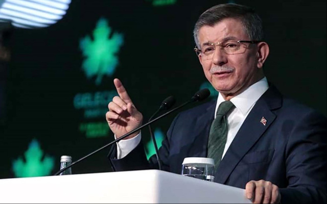 Davutoğlu: AK Parti davanın bütün değerlerini ayaklar altına aldı